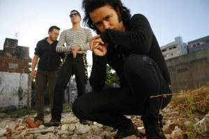 Plastique Noir: entrevista com a banda de Gothic Rock